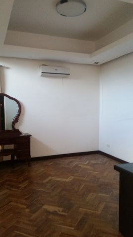3 Bedrooms for rent located in a gated subdivision near Koreantown - 75K - 3