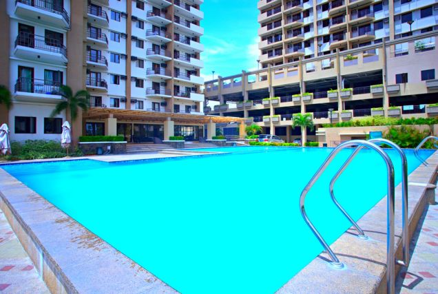 Only 5% DP DMCI Condo in Taguig Ready for occupancy 2 Bedrooms Cypress Tower nr SM AURA - 7