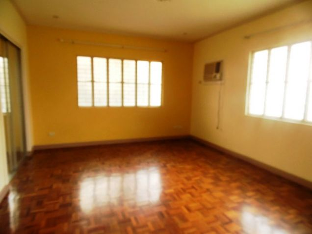 House and Lot for Rent in Cutcut Angeles City - 6