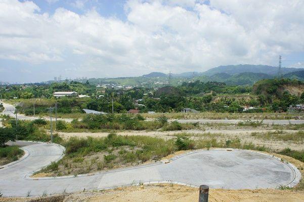 Lot for Sale, 301sqm Lot in Mandaue, Lot 2, Phase 2-A, Vera Estate, Tawason, Castille Resources Realty Development Inc - 5
