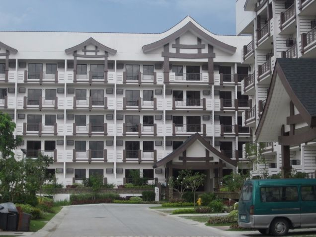 The Redwoods 2 br in Fairview QC near Ayala Terraces,SM Fairview, Robinsons Nova - 8