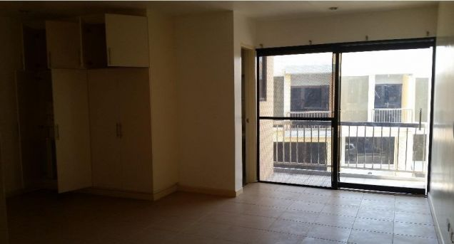 2 Storey Townhouse for RENT in Angeles City Walking distance to Fields Avenue - 2