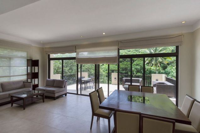Modern 4 Bedroom House for Rent in Cebu Maria Luisa Park - 1