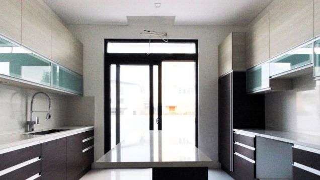 5 Bedroom Luxury House for Rent in Mckinley Hill Village, Taguig City (All Direct Listings) - 8