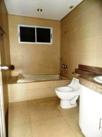 Three (3)Bedroom Townhouse For Rent In Angeles City For P30k - 4