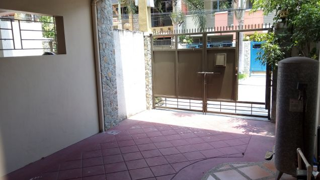 3-Storey Townhouse for Rent in Malabanias Angeles City - 6