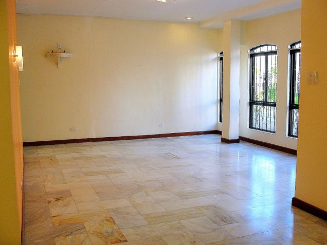 VAA Homes Las Pinas near Perpetual 3-bedroom bungalow for rent - 3