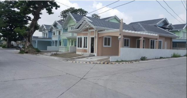 Bungalow House with 3 Bedrooms for rent - 25K - 7