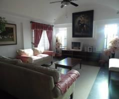 5 Bedroom w/pool house & Lot for RENT in Angeles City - 9