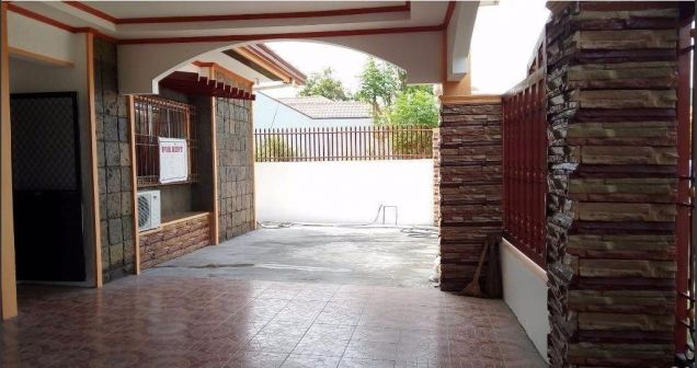 1 Storey House with 3 Bedrooms for rent in Friendship - 2
