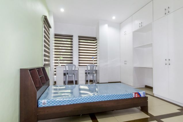 4 Bedroom House with Swimming Pool for Rent in Maria Luisa Park - 6