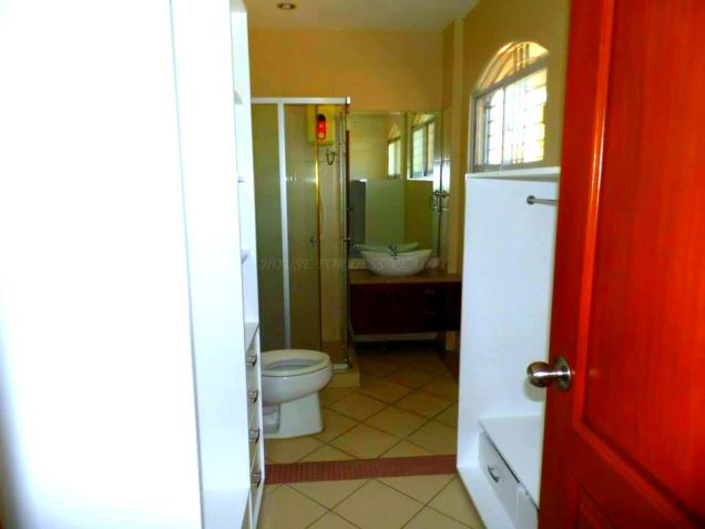 Quality Furnished Corner House In Angeles City For Rent - 8