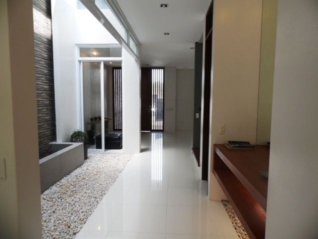 Modern House and Lot For Rent !! in Friendship area @P45K - 2