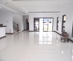 House and lot with Swimming pool for rent in Hensonville - 80K - 4