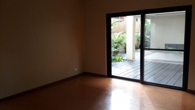 6 bedrooms, tri level house, Alabang Hills Village, Muntinlupa City - 1