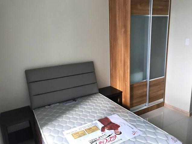 Affordable Studio condo unit near Cybergate, Shangrila and SM Megamall - 6