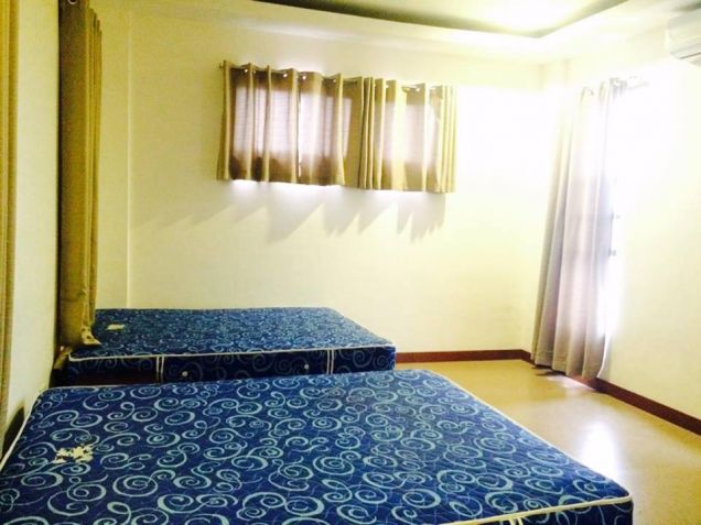 4 Bedroom Furnished Modern House In Angeles City - 9
