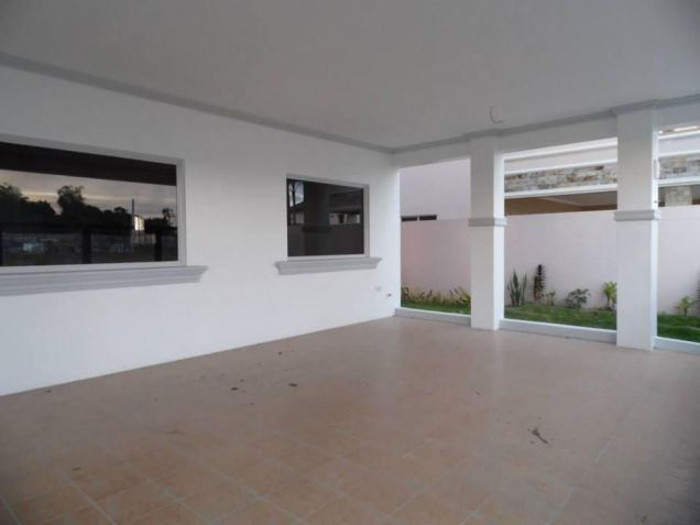 3 Bedroom House With Spacious Rooms For Rent In Angeles City - 5