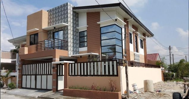 Unfurnished Four Bedroom House In Angeles City For Rent - 0