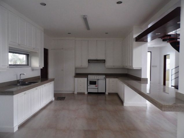 Spacious House with Lap pool For rent -110K - 8