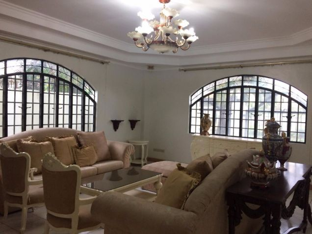 Two Storey House for rent with 5 bedrooms in Balibago - 7
