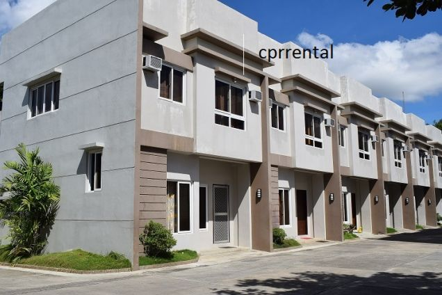 3 Bedrooms Furnished Townhouse 15 Minutes Walk To Ayala Center - 0