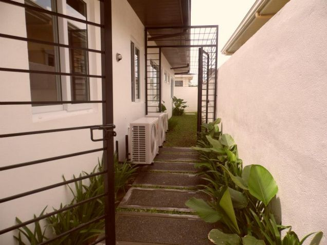 Bungalow House With Swimming Pool For Rent In Angeles City - 3