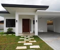 Bungalow House with swimming pool for rent in Angeles City - 100K - 2