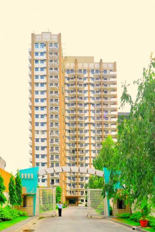 DMCI Taguig Affordable 2BR Condo Cypress Tower Ready for occupancy nr Fort - 2
