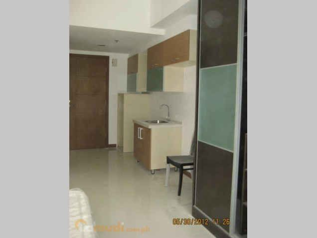 Very affordable and Furnished Studio Unit near Ortigas and Makati 9,000 monthly - 9