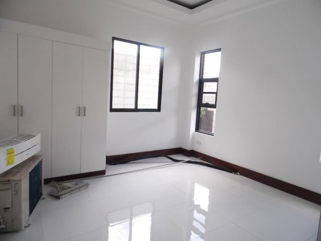 4Bedroom House & Lot For Rent In Hensonville Angeles City... - 9