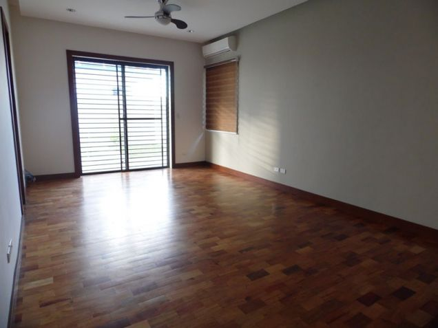 Spacious Bungalow House with Swimming pool for rent - 90K - 9