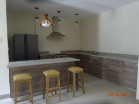 Banawa 3 Bedroom House For Rent - 8