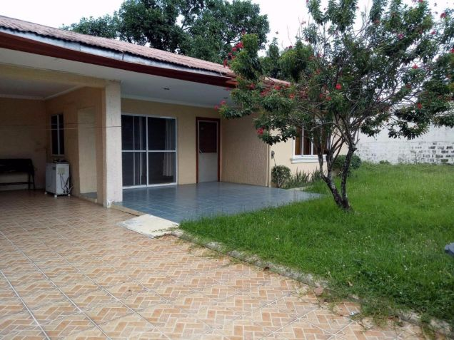 Bungalow House for rent with 4 bedrooms in Friendship - 0