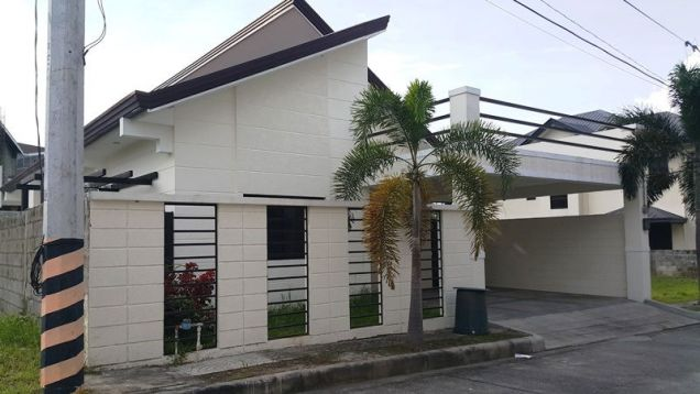 3 bedrooms for rent near SM Clark - P 35K - 2
