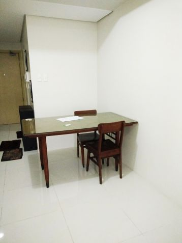 Studio Unit for Sale with Furnitures for La Salle, Benilde, St. Scholastica students, employees or investors at Taft, Malate - 3