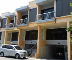 2 Bedroom Town House for rent - Walking Distance to Fields Avenue - 0