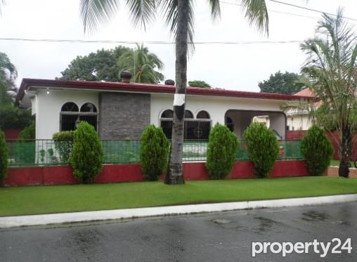 Fully Furnished Bungalow House for rent near SM Clark - 40K - 6