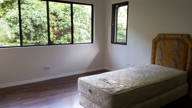 4 Bedroom House for Rent with Swimming Pool in Maria Luisa Cebu City - 7