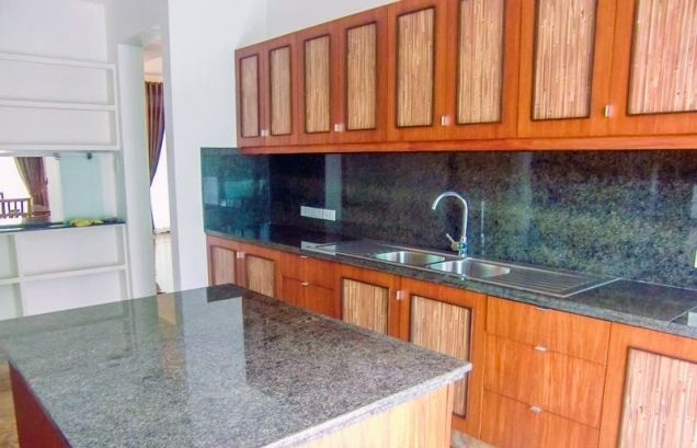Lavishly 4 Bedroom House for Rent in Mckinley Hill Village (All Direct Listings) - 9