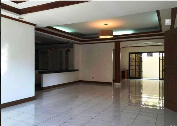 Bungalow House & Lot for RENT in Hensonville Angeles City - 1