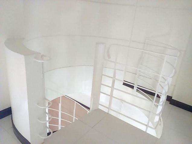 2 Bedroom house located inside clark for 40K - 7