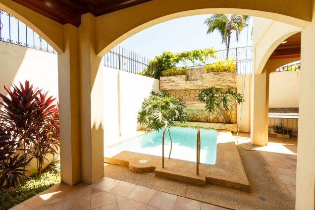 4 Bedroom House with Swimming Pool for Rent in Banilad - 3