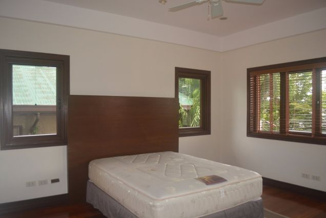 Banilad 2 storey house with 4bedrooms fully furnished inside paradise P180K - 5