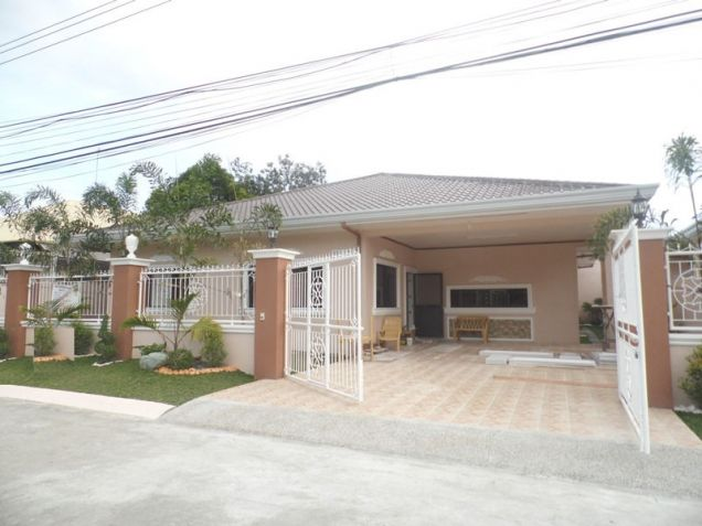Spacious Bunglow House with 3 Bedrooms for rent - 50K - 5