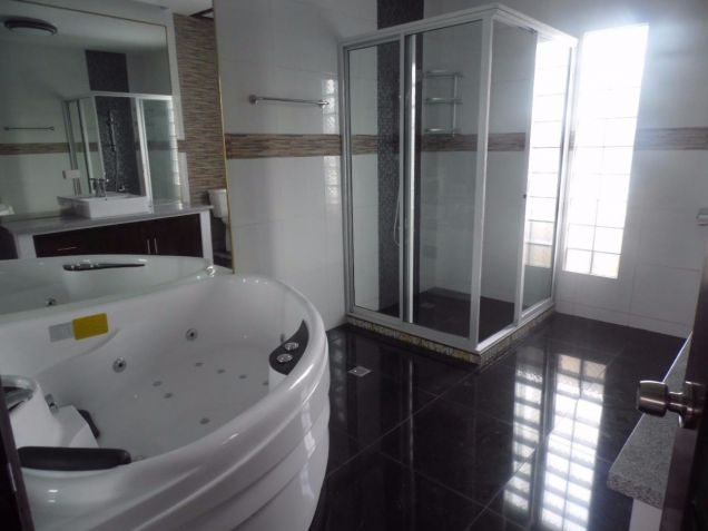 Two Storey Townhouse for rent with 3 bedrooms in Amsic - 2