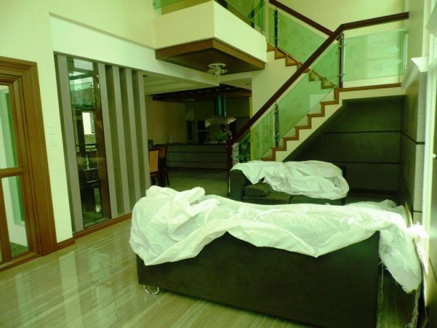 2 Storey House & Lot W/Pool For Rent In Hensonville Angeles City - 8