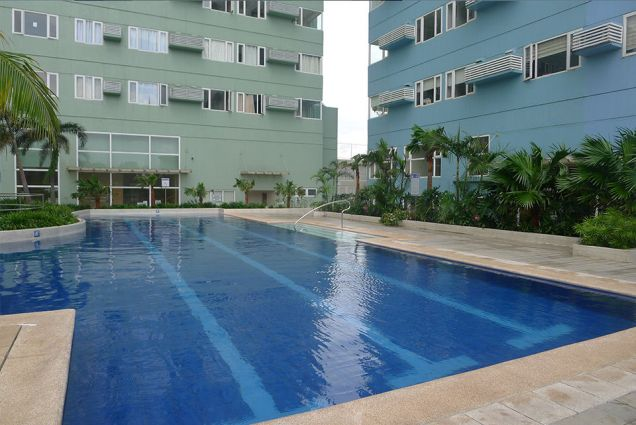 Ridgewood towers 2 bedroom fully furnished resale C5 taguig - evelyn - 5