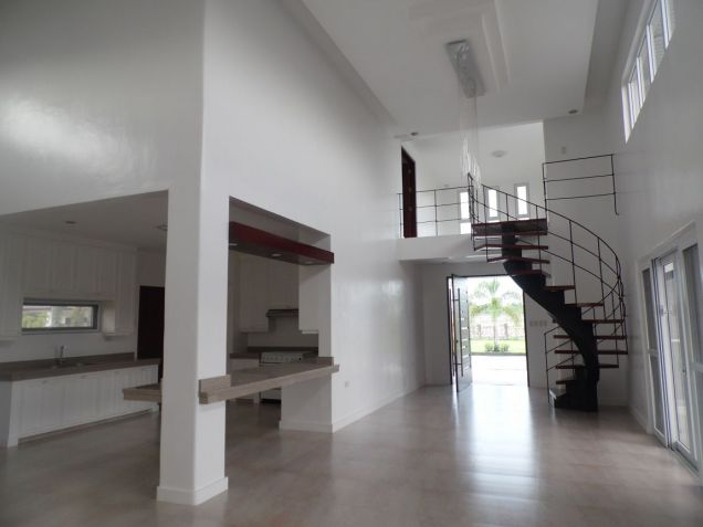 House and Lot for rent with 4Br in Angeles City- 100M - 6