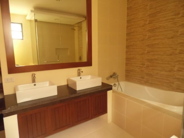 Unfurnished House With 5 Bedroom In Angeles City For Rent - 7